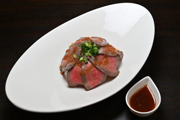 キッチン飛騨筏橋店 飛騨牛ローストビーフ丼 レギュラー(¥700)